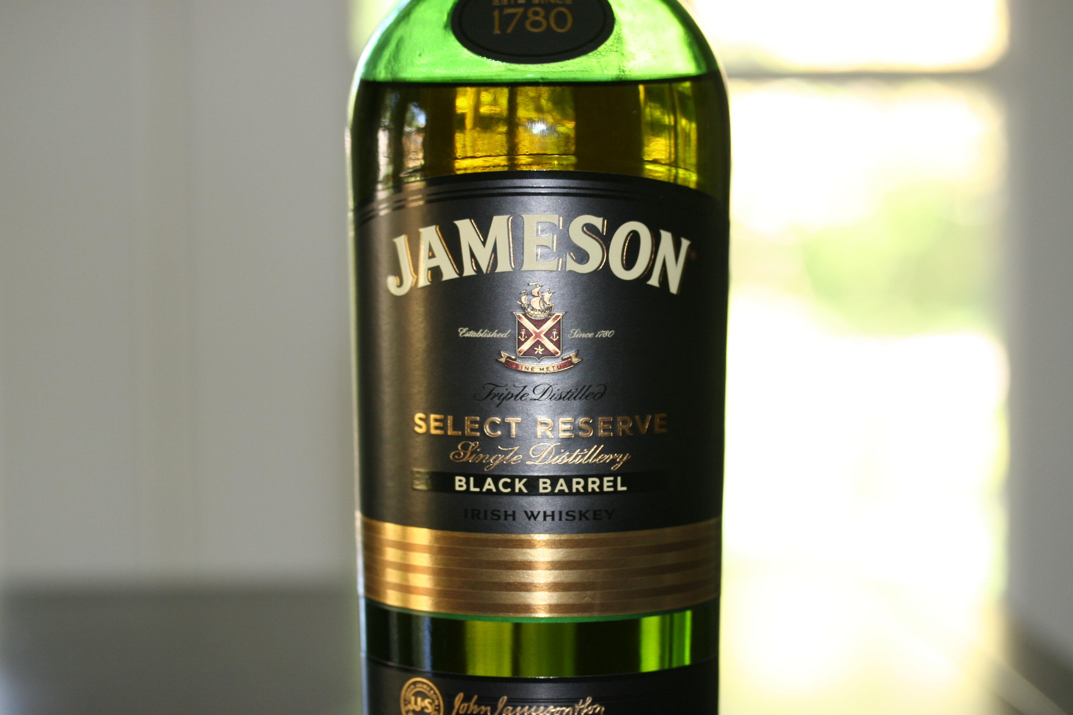 jameson select reserve black barrel irish whiskey. Black Bedroom Furniture Sets. Home Design Ideas
