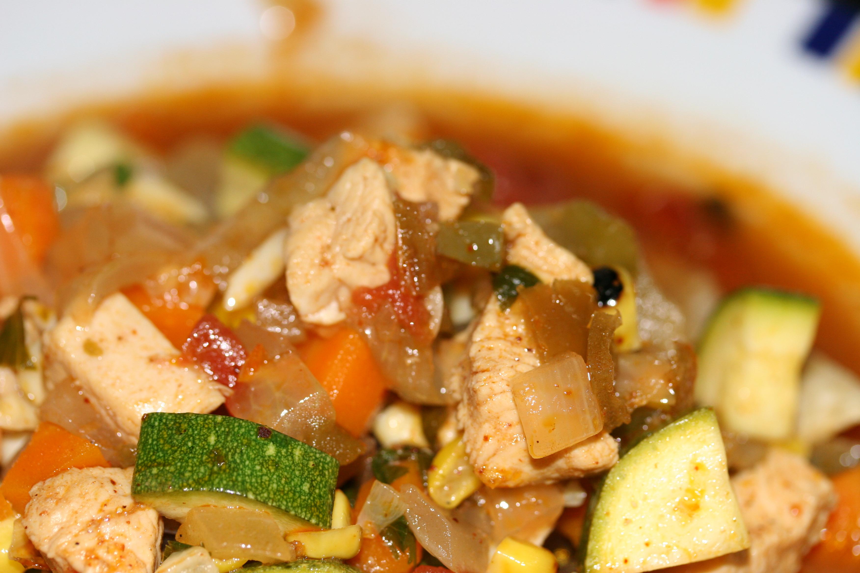 Tex-Mex Sopa de Pollo con Verduras | Whiskey & Wry